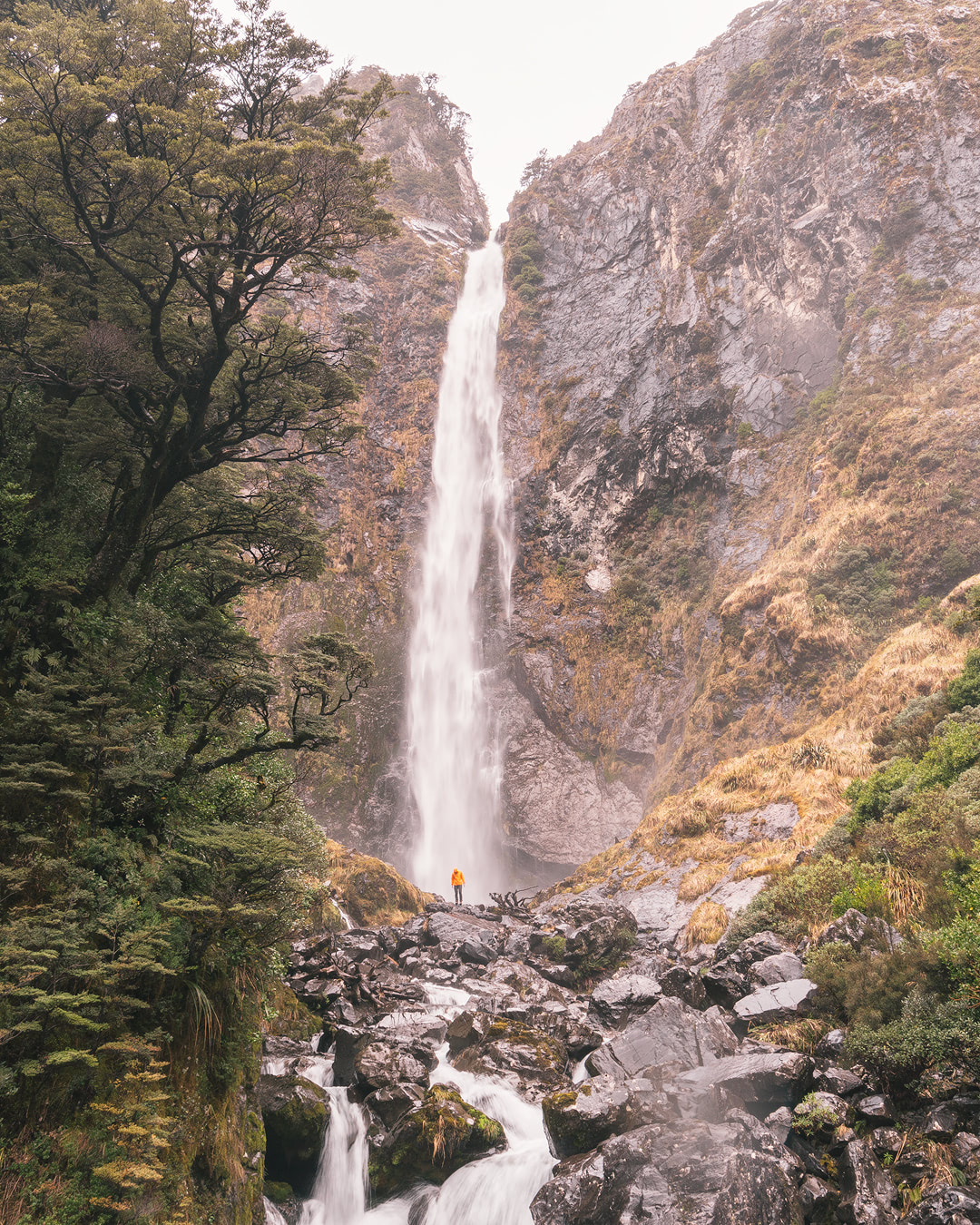 12 MUST SEE PLACES ON THE SOUTH ISLAND OF NEW ZEALAND - DEVILS PUNCHBOWL FALLS ARTHURS PASS NATIONAL PARK