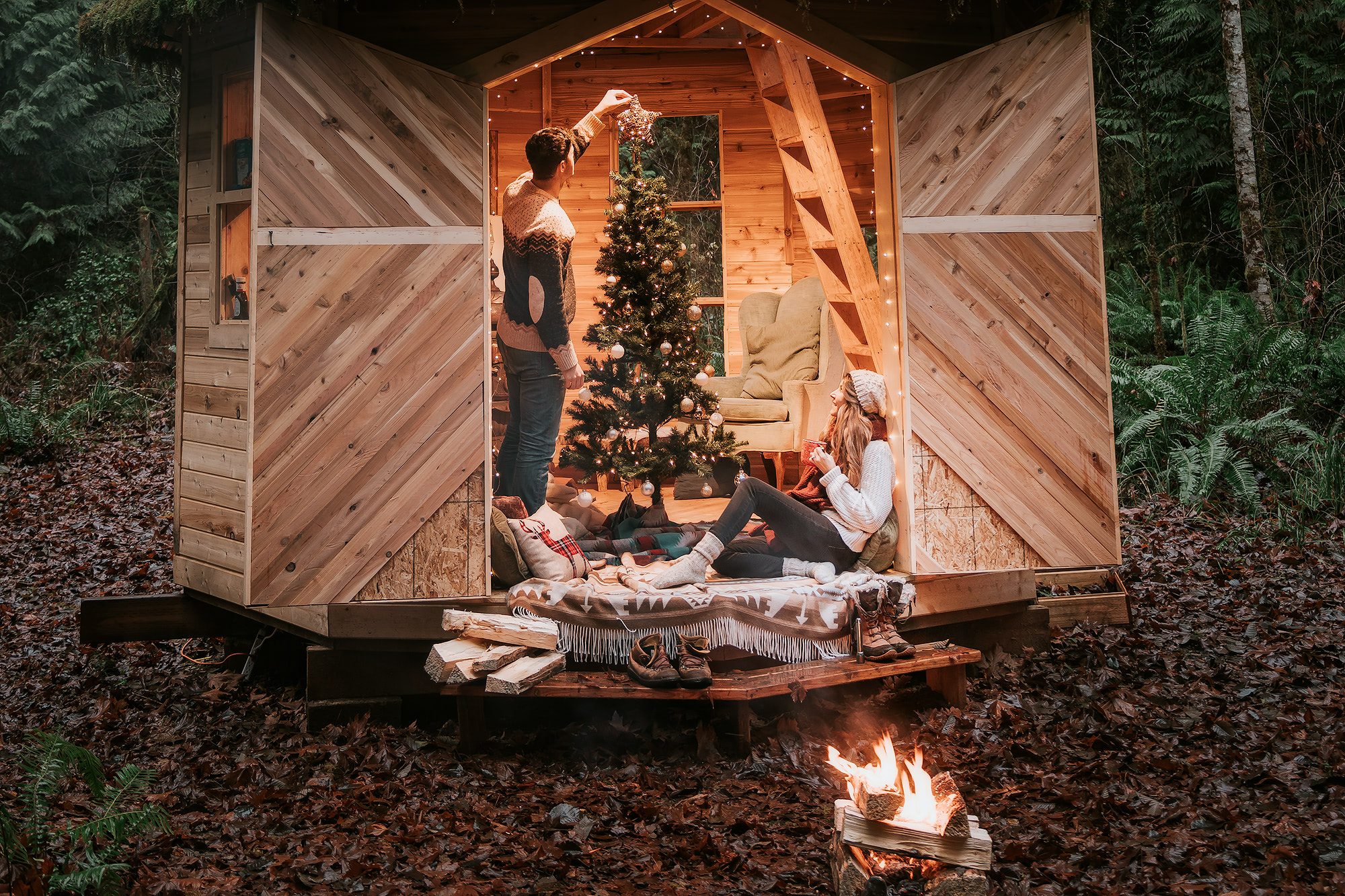 http://www.energizer.com/lighting?utm_source=blog&utm_medium=post&utm_campaign=fy18_holiday_lights_influencer_program
