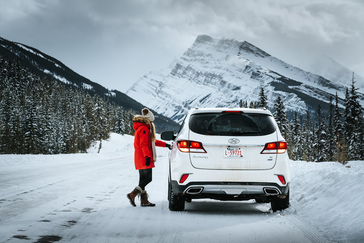 9 Best Winter Adventures in Banff Canadia - Icefields Parkway Renee Roaming