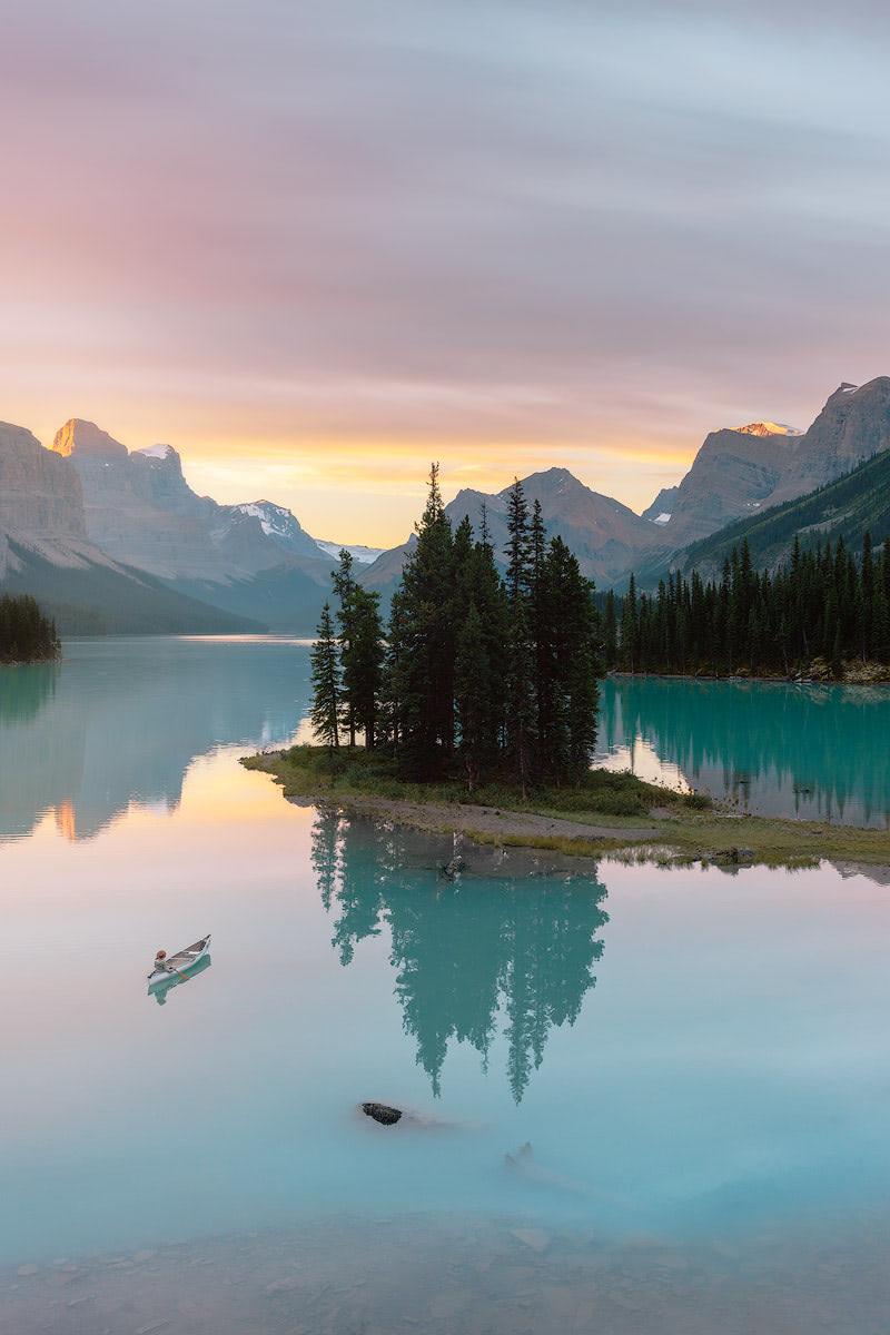 Top-6-Must-See-Canadian-Rockies-Lakes-Maligne-Lake-Renee-Roaming