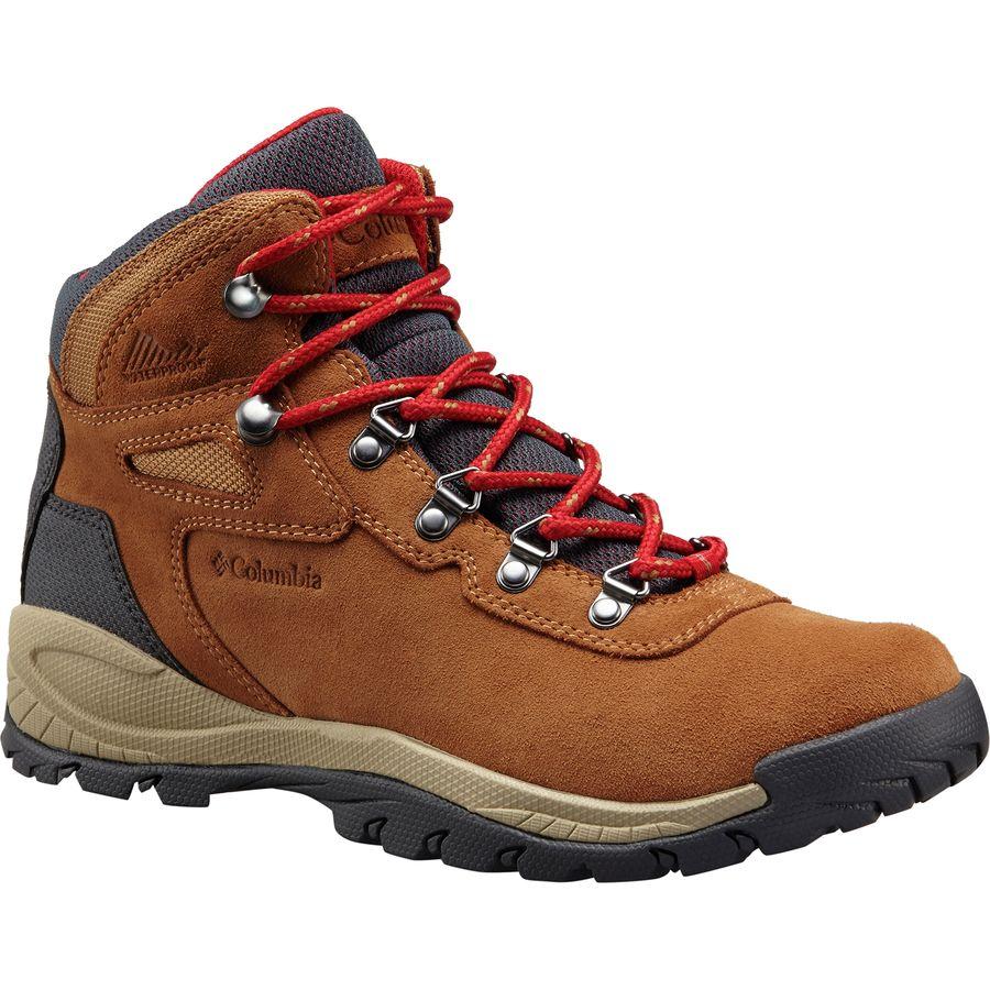Northeast Fall Road Trip - What to Pack - Columbia Newton Ridge Hiking Boots