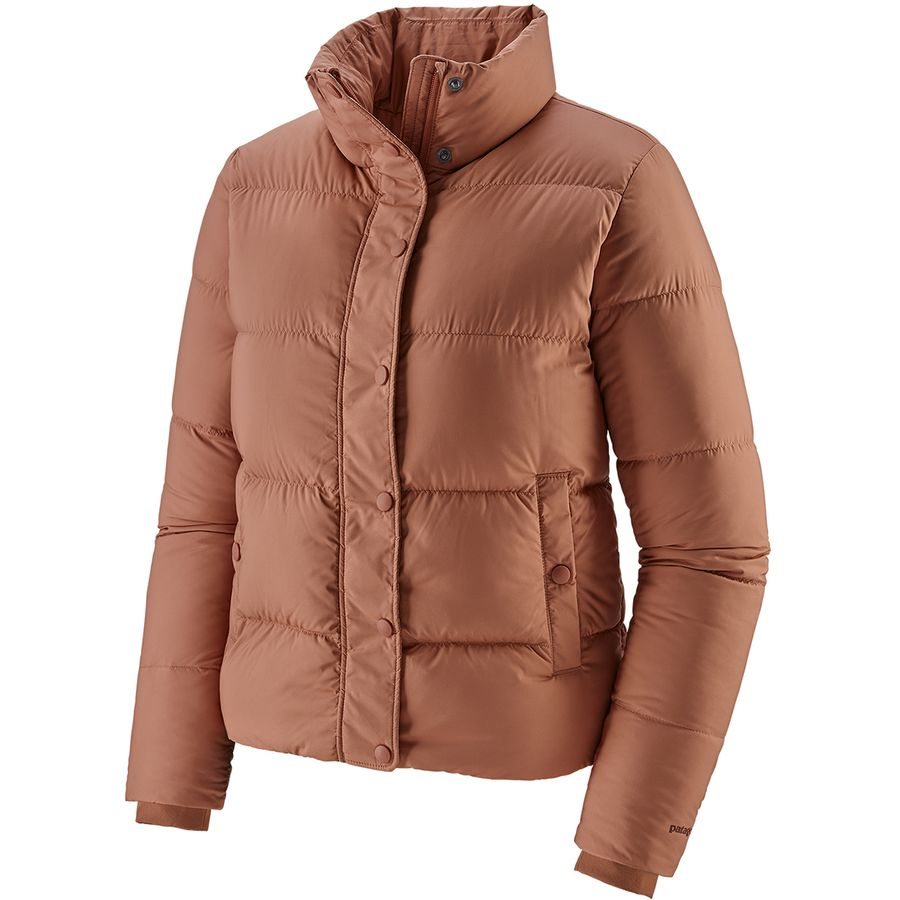 Northeast Fall Road Trip - What to Pack - Patagonia Pink Puffy Jacket