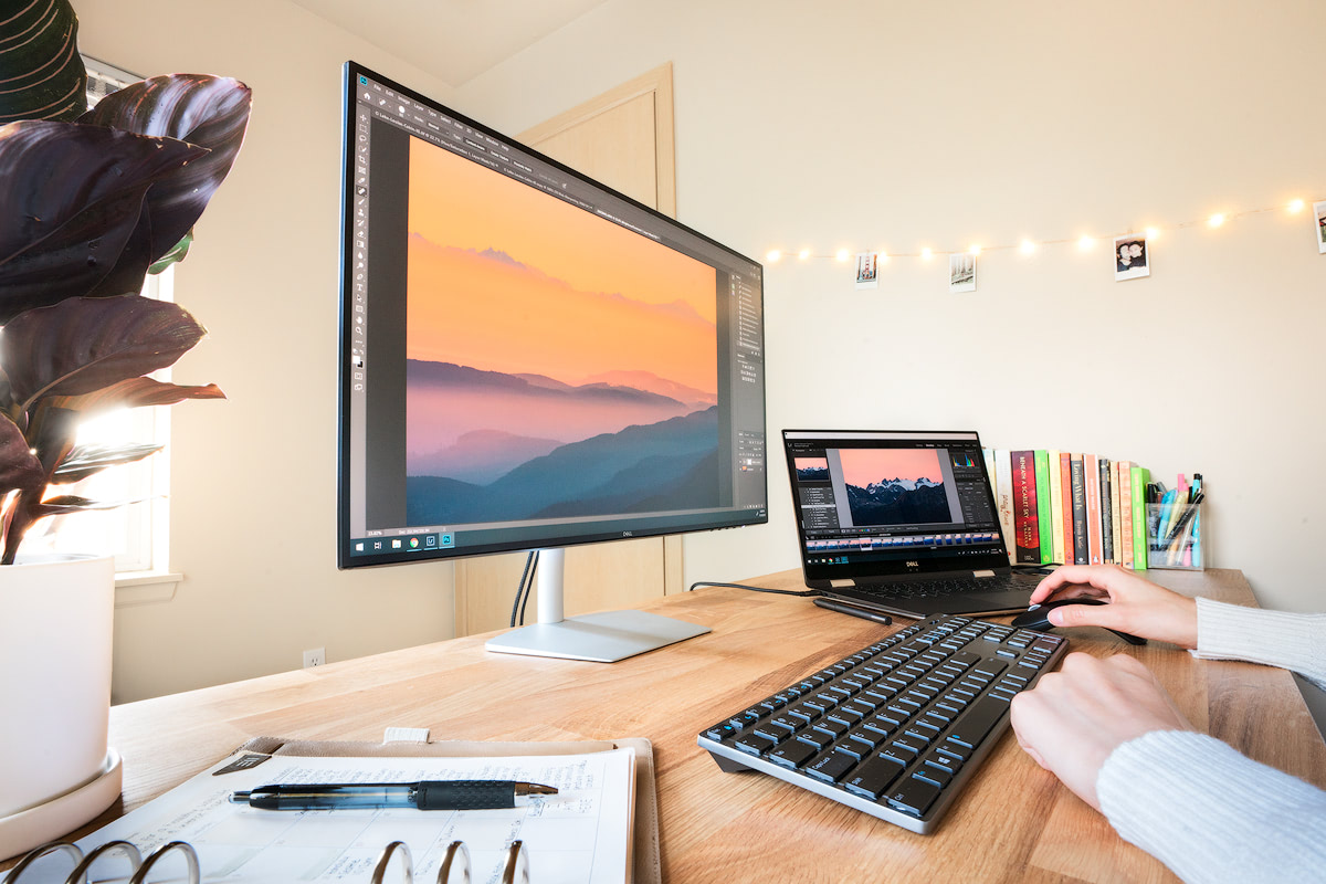 My Photo Editing Set-Up When Home VS Traveling Gear and Tips Renee Roaming Office Set Up