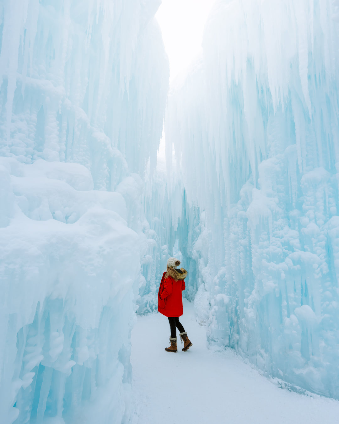 Edmonton-Ice-Castles-IG-3