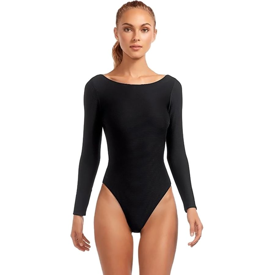 What to Pack for a Tropical Vacation to The Islands of Tahiti Vitamin A Cosmo California Cut Bodysuit