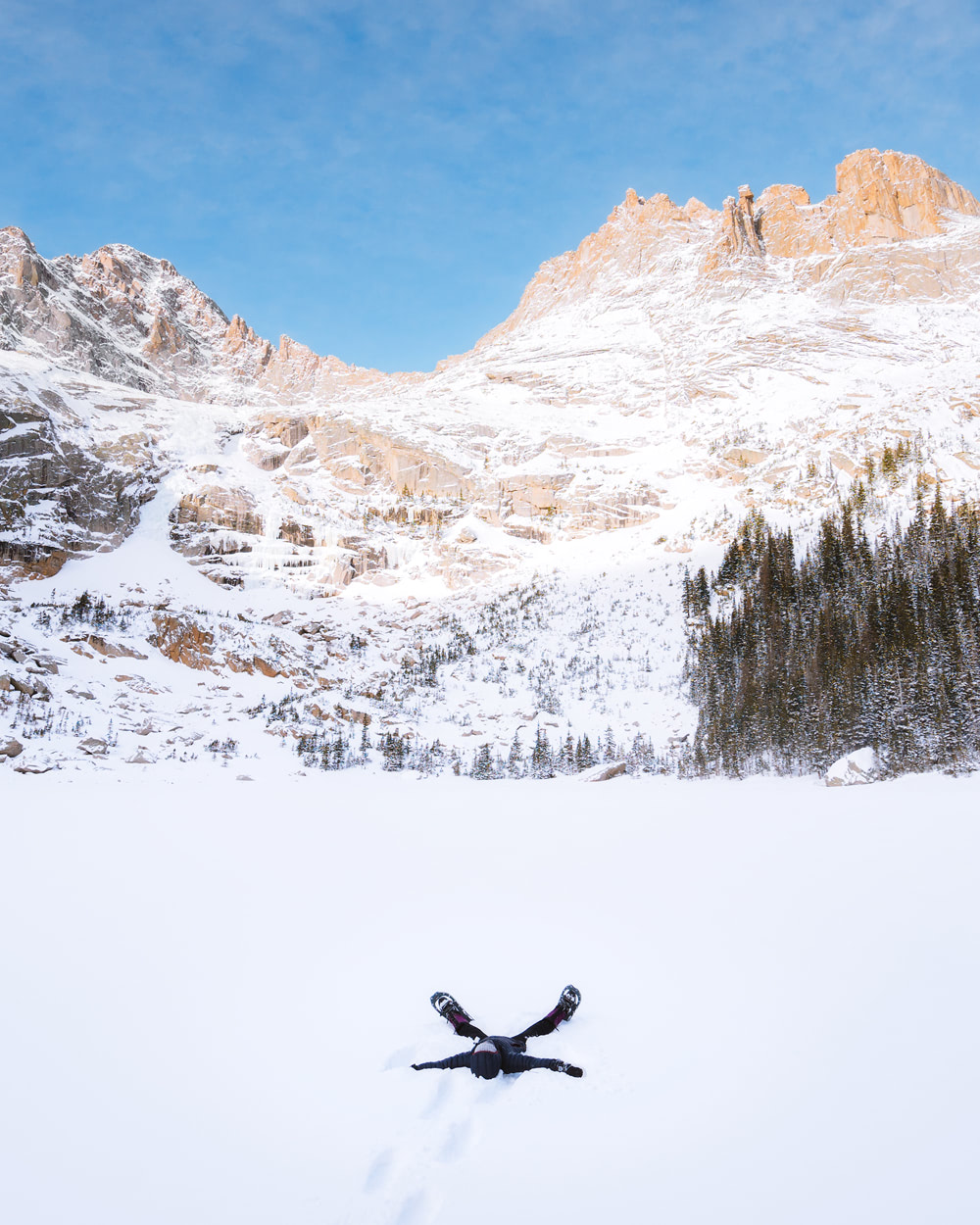 Meaningful Experiences and Eco-Friendly Gift Guide for Outdoor Lovers - Rocky Mountain National Park