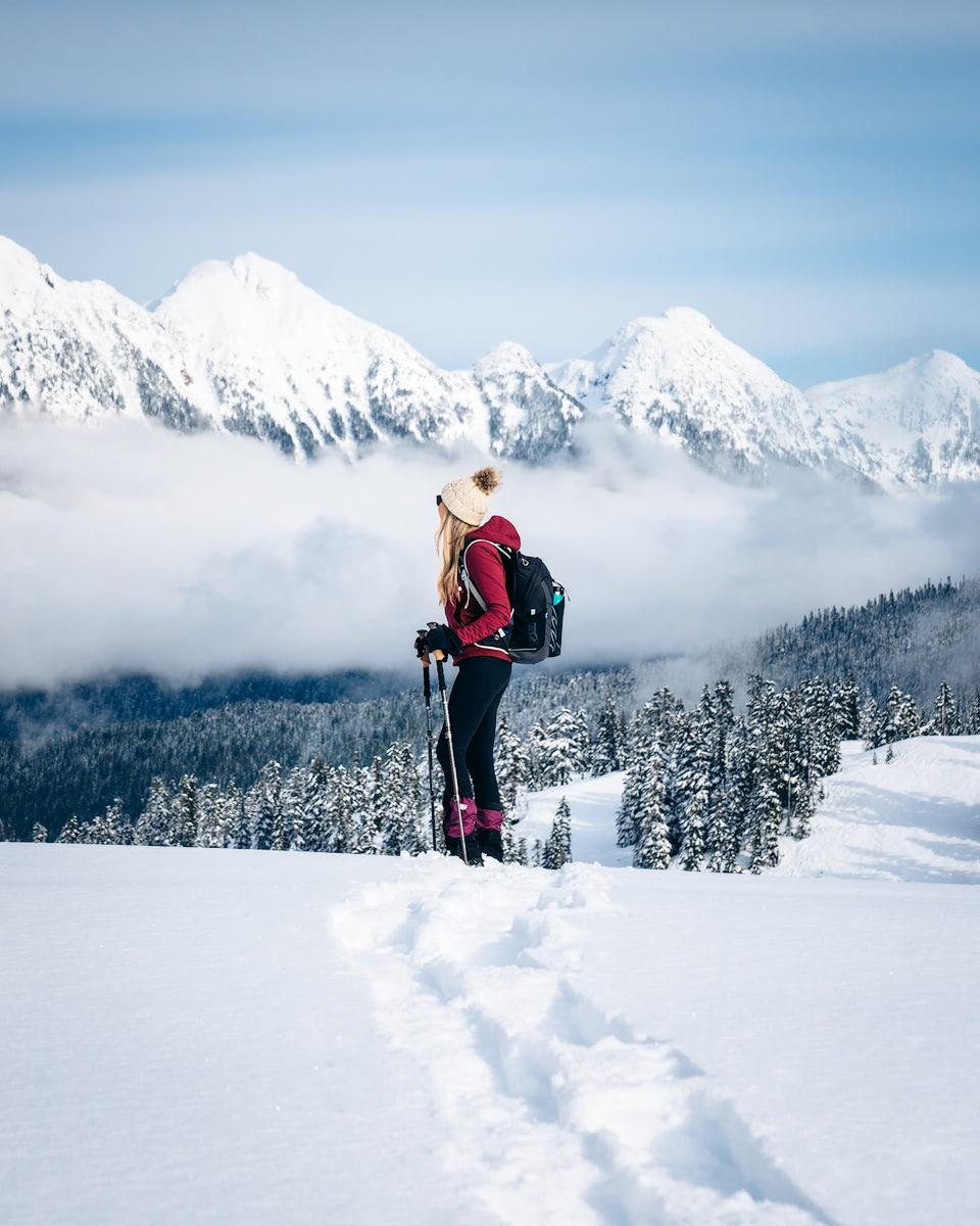 Beginner Friendly Hikes in Washington State - Artist Point Winter