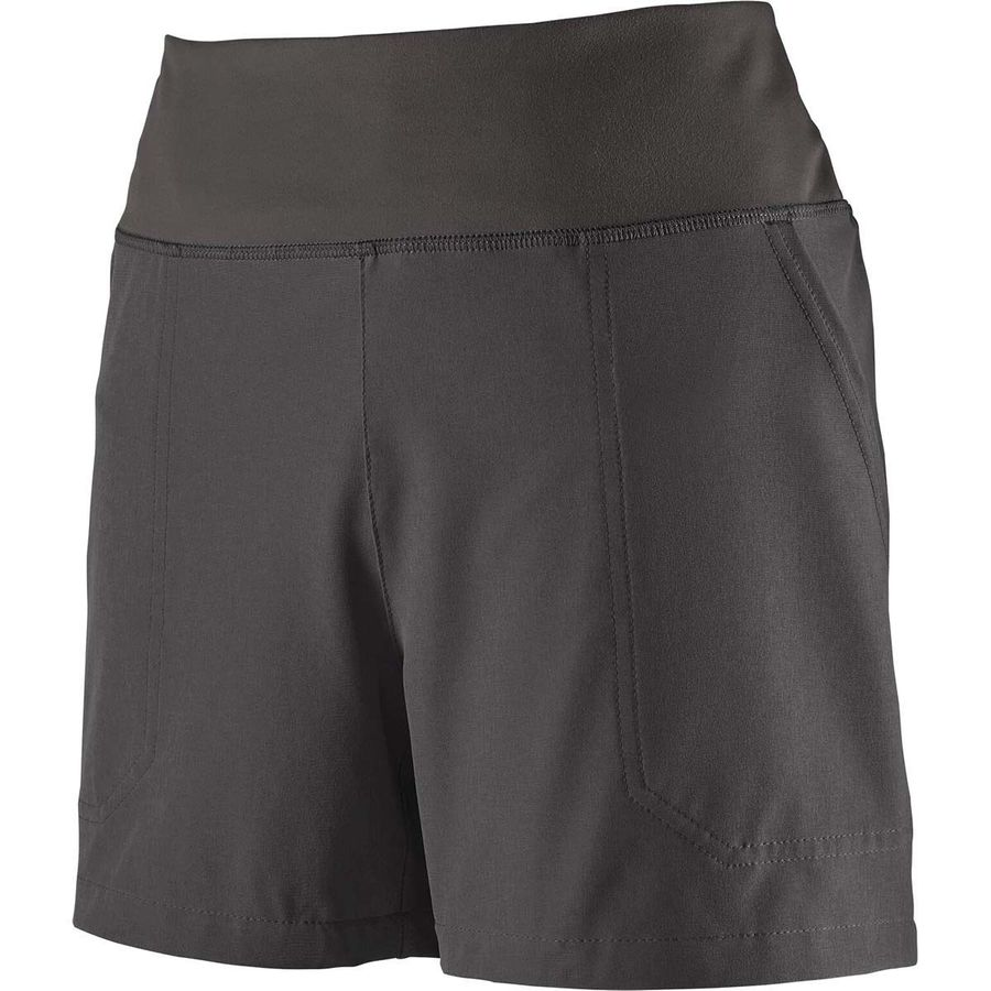 What To Pack For a Trip to Zion National Park - Hiking Shorts