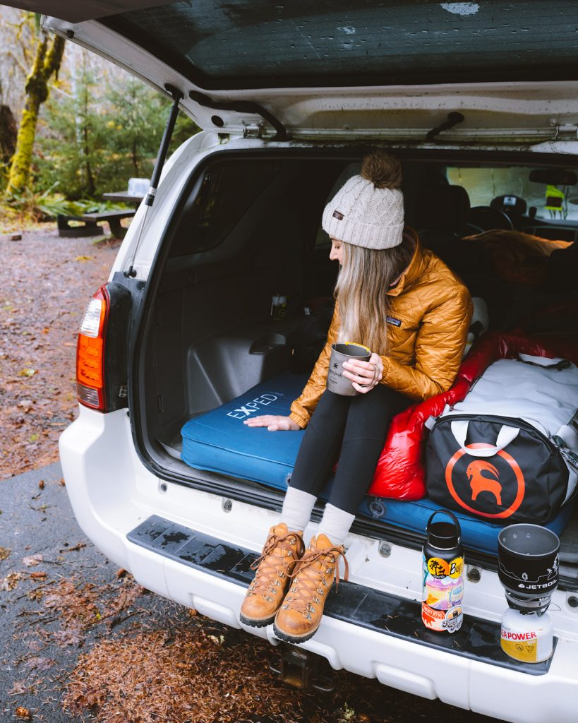 how to sleep in your car on road trips