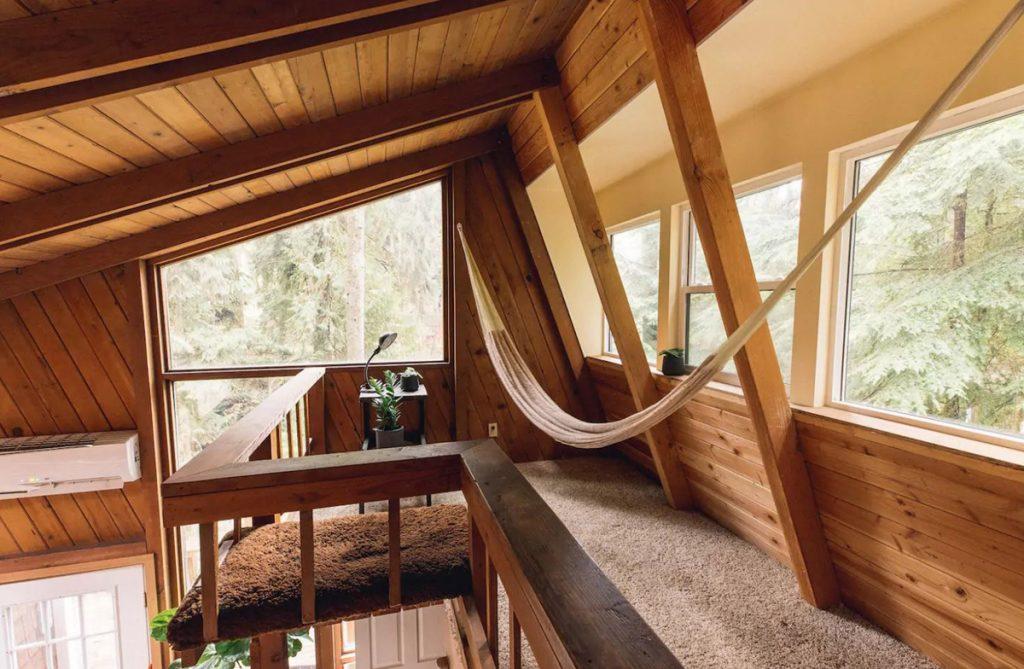 Cozy Cabins to Rent in Washington State - Canyon Creek Cabin Hammock - Renee Roaming