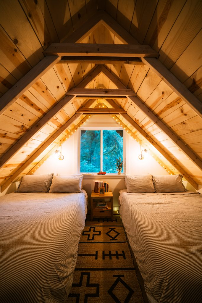 Cozy Cabins to Rent in Washington State - South Fork Cabin Bedroom - Renee Roaming