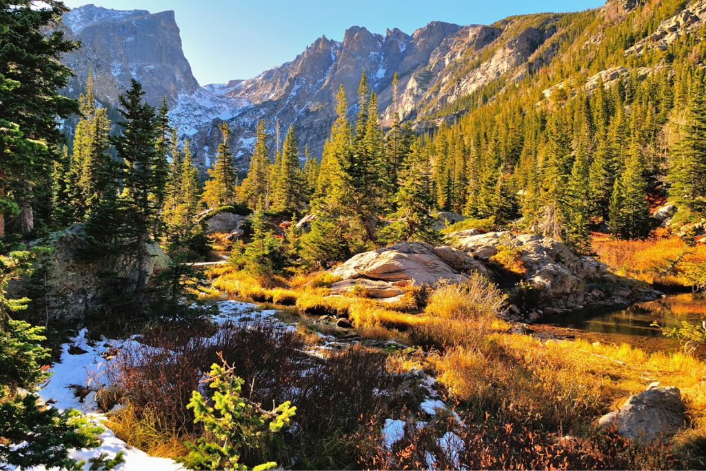 12 Best National Parks To Visit In The Fall - Rocky Mountain National Park Dream Lake
