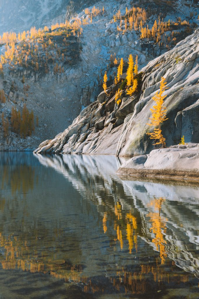 Best outdoor things to do during fall in Washington State - Backpacking in the Enchantments