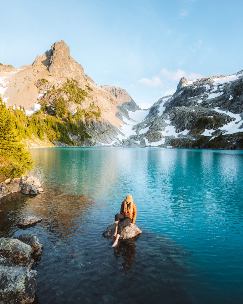 First Time Solo Backpacking as a Woman - Backpacking Tips for Women - Hiking Alone - Renee Roaming 10