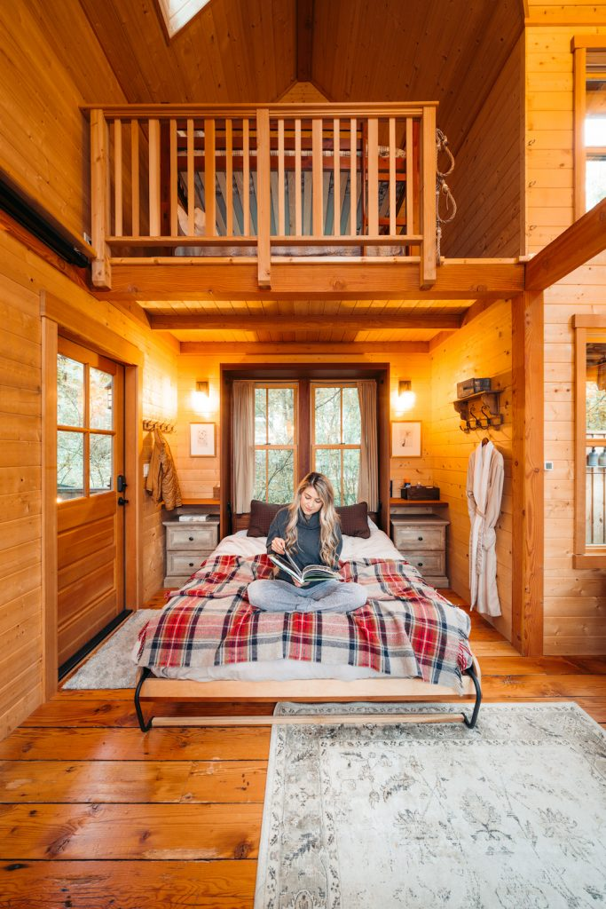 Treehouses to Rent in Washington State - Pete Nelson Original Tree House Inside - Renee Roaming