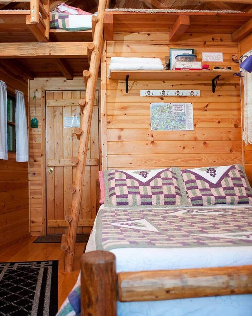 20 Treehouses You Can Rent In Oregon - Cozy Cottage Oregon Treehouse
