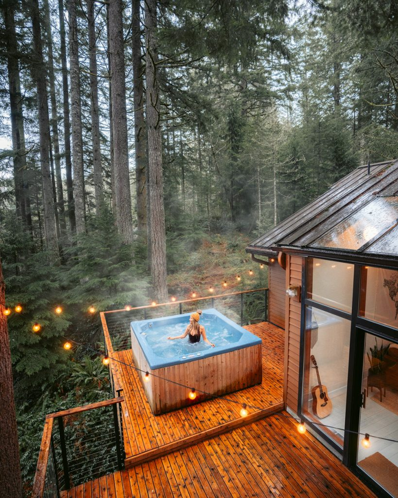 24 Dreamy Oregon Cabins You Can Rent - Woodlands House Oregon