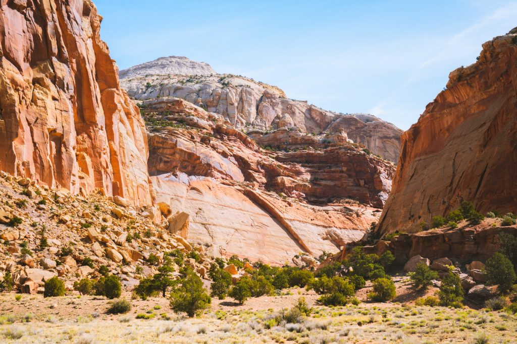 Best National Parks to Visit in Spring - Capitol Reef National Park - Cassidy Arch