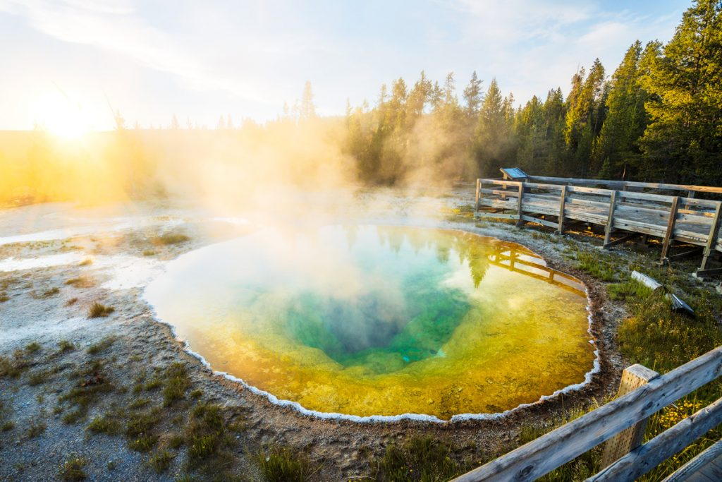 Best National Parks to Visit in Spring - Yellowstone National Park Spring Travel Guide - Morning Glory