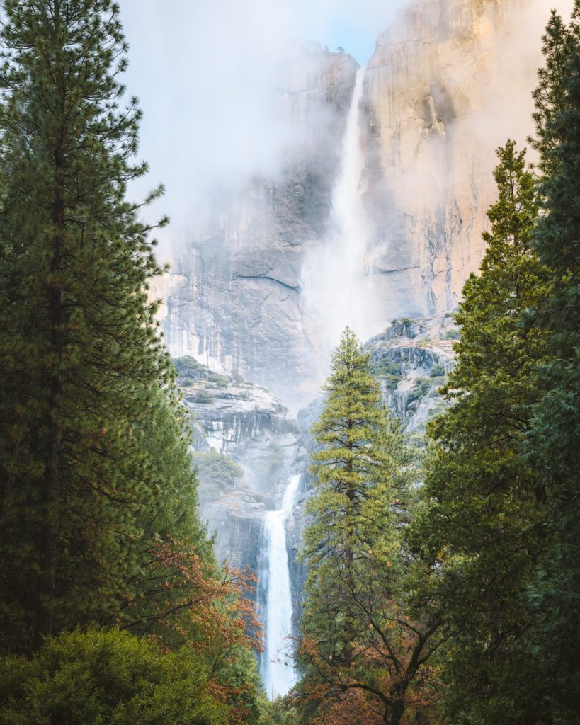 Best National Parks to Visit in Spring - Yosemite National Park Spring Travel Guide
