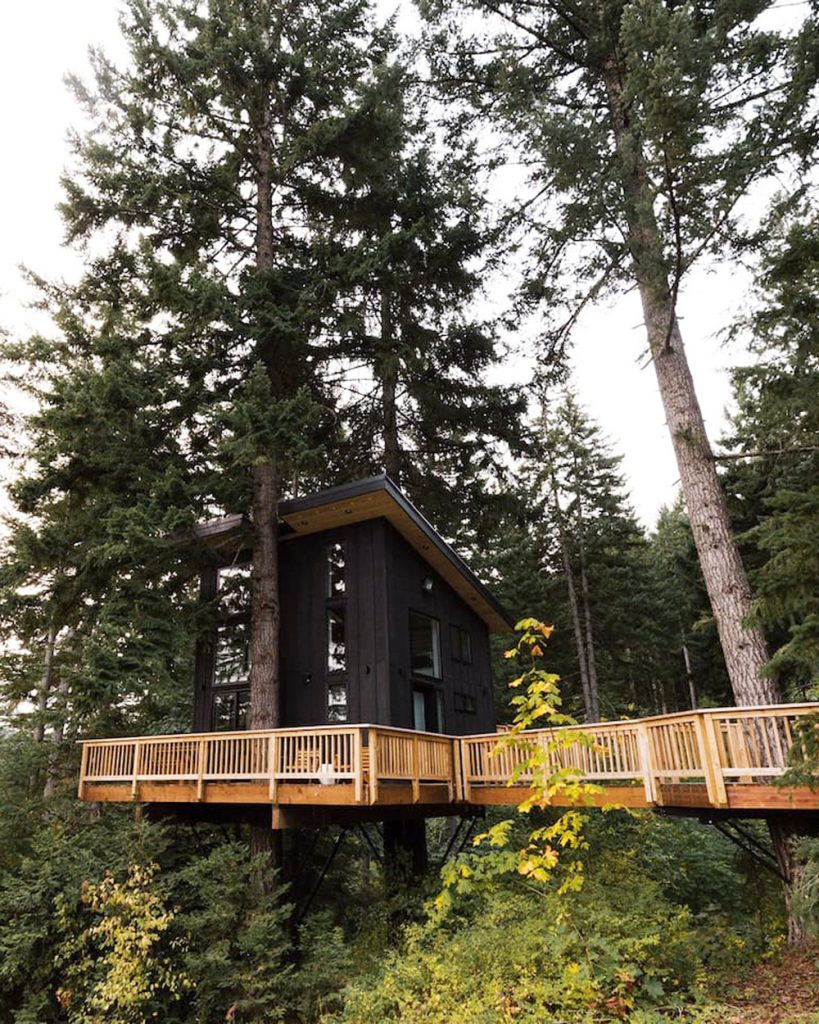 Best Pacific Northwest Treehouses To Rent - Klickitat Treehouse
