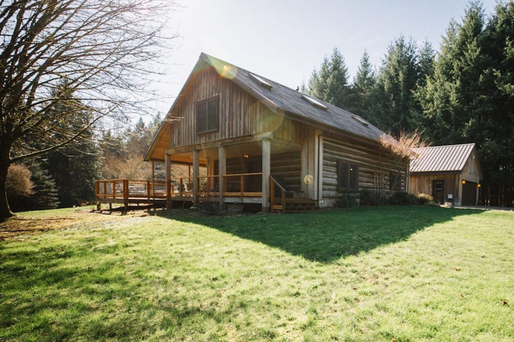 Cabins You Can Rent In Oregon - Halem House Log Cabin