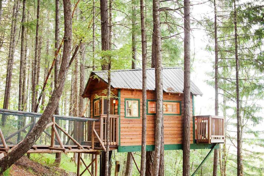 Cozy Treehouses To Rent In The Pacific Northwest - Cozy Cottage Oregon Treehouse