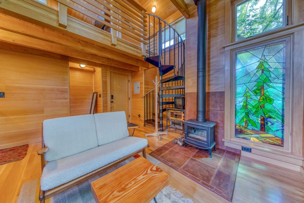 Magical Oregon Treehouses You Can Rent - Tabor Oregon Treehouse