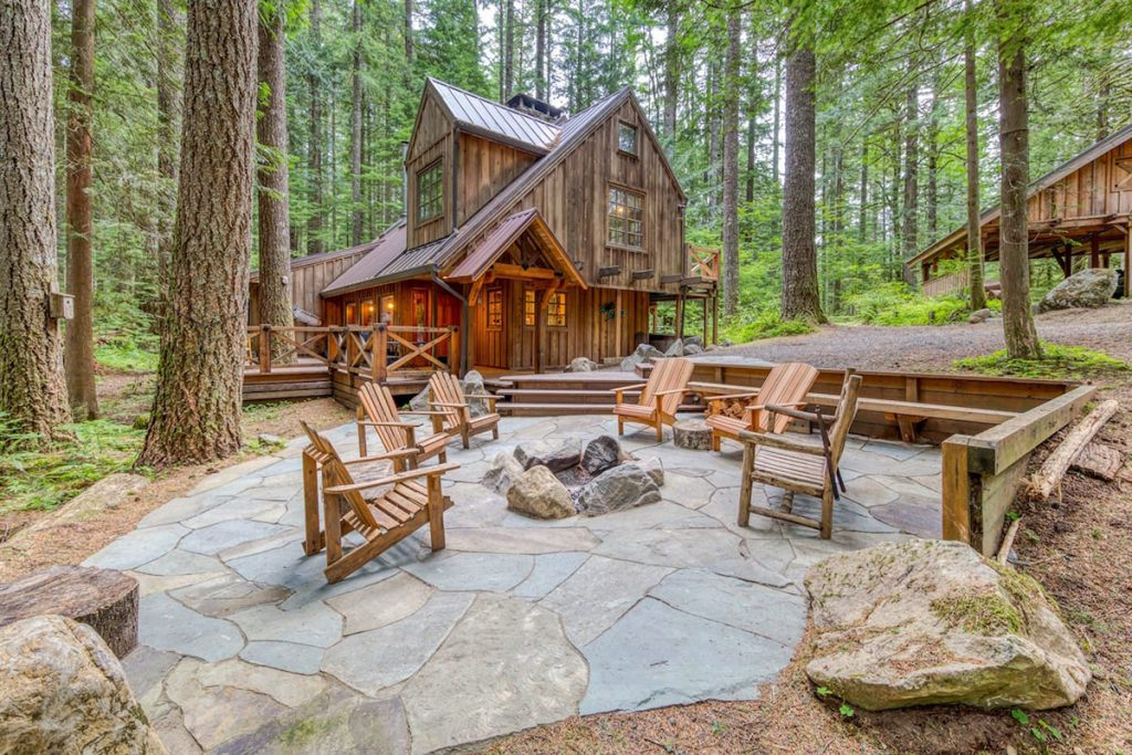 Oregon Cabin to Rent in the Mountains - Sycamore Lodge
