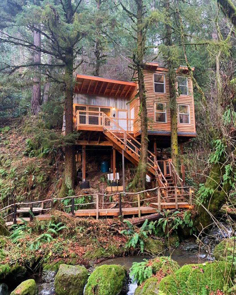 Oregon Treehouse for Rent - Lillyglen Treehouse