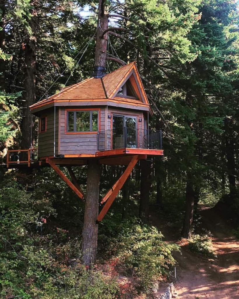 Pacific Northwest Treehouses You Can Rent - Osprey Treehouse
