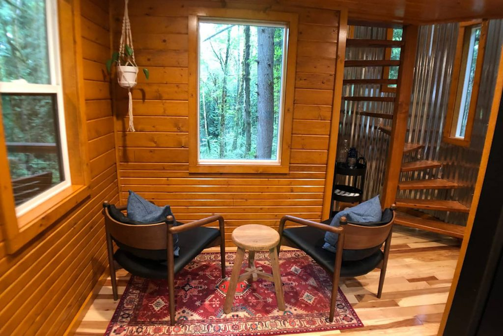 Treehouse You Can Rent In Portland Oregon