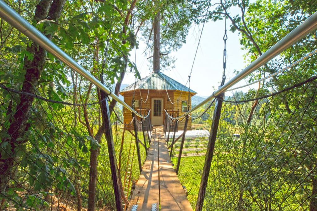 Treehouses You Can Rent In Oregon - The TokinTree Oregon Treehouse