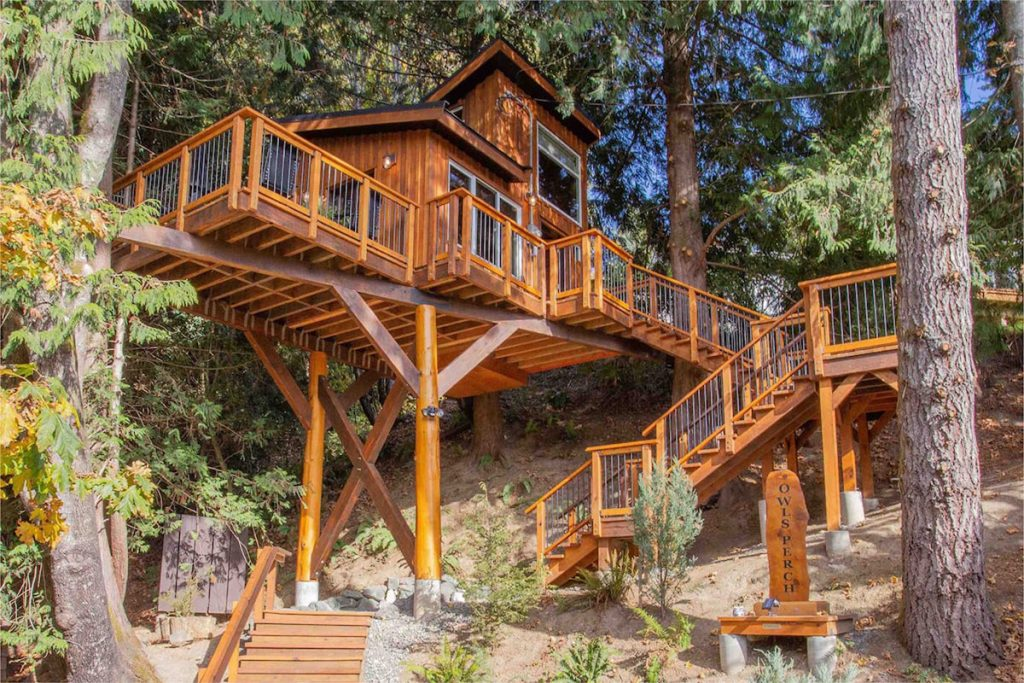 Treehouses to rent in the Pacific Northwest - Owls Perch Treehouse British Columbia