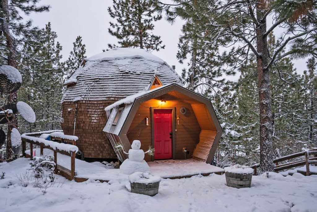 Unique Oregon Cabin To Rent - Dome Sweet Dome Cabin