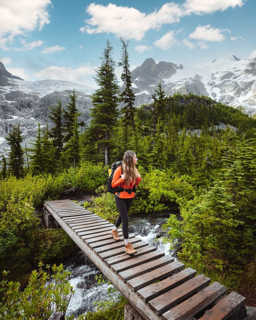 Best Time To Hike Joffre Lakes