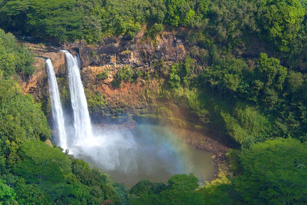Kauai Hawaii Travel Guide - Wailua Falls Kauai